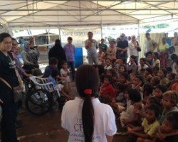 Toys and slippers for displaced children in Zamboanga
