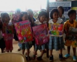 Toys brighten the lives of children in typhoon-hit Guiuan