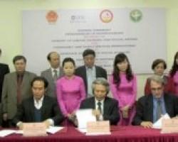 Landmark agreement strengthens social work sector in Viet Nam